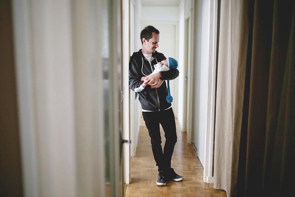 Photos de bebe professionnelles a la maison a Paris